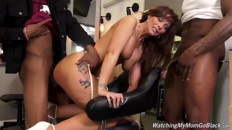 [WatchingMyMomGoBlack / DogFartNetwork] GangBang Big Black Cock - Syren De Mer (DP)/(Interracial)