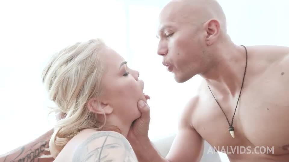 Blonde slut assfucked by 3 cocks with Airtight DP YE124 (LegalPorno / AnalVids) Screenshot 3
