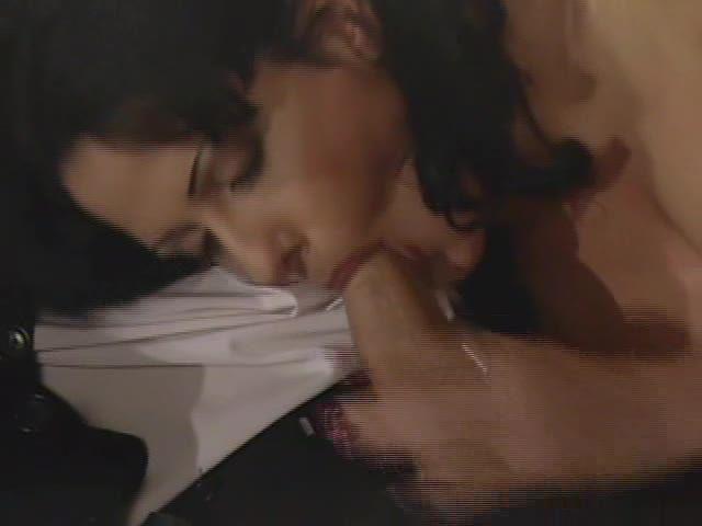 A Simple Love Story / Che Gelida Manina Fattela Riscaldare (Top Line) Screenshot 1