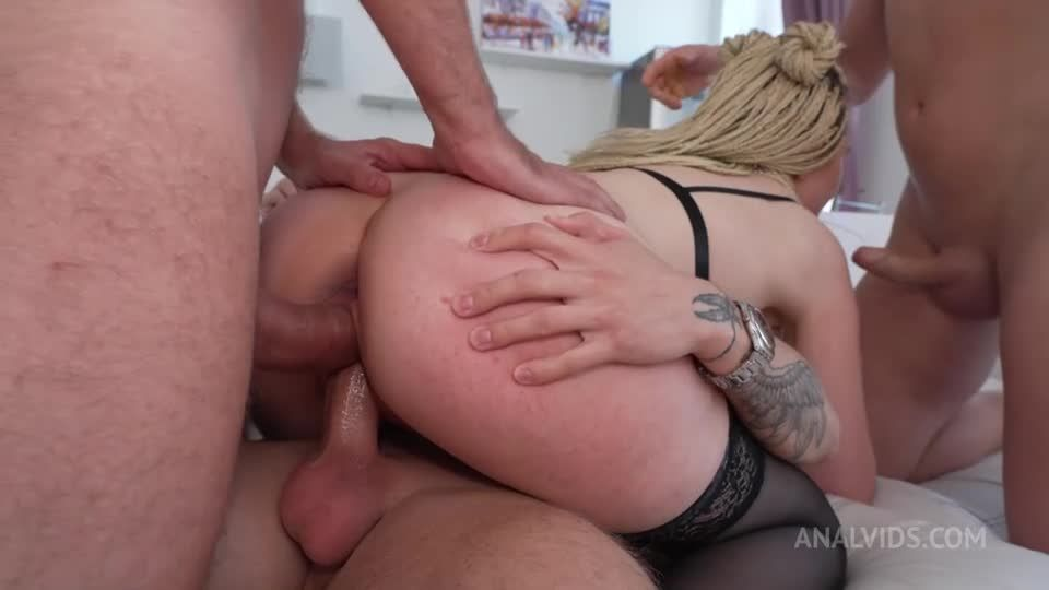 Hi, Guys! I'm Lisa Cute and I want you to piss on me and fuck me hard! will you help me? NRX130 (LegalPorno / AnalVids) Screenshot 3