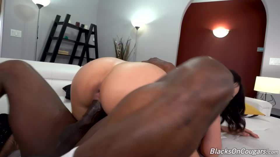 Two Big Black Cock (BlacksOnCougars / DogFartNetwork) Screenshot 5
