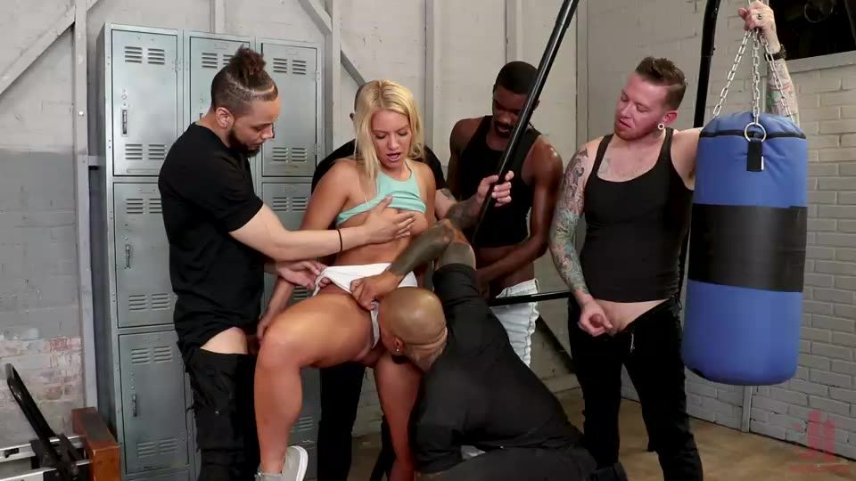 Gym Slut (BoundGangBangs / Kink) Screenshot 7