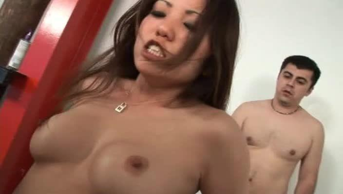 Gangland White Boy Stomp 17: Asian Edition (Devil's Film) Screenshot 7