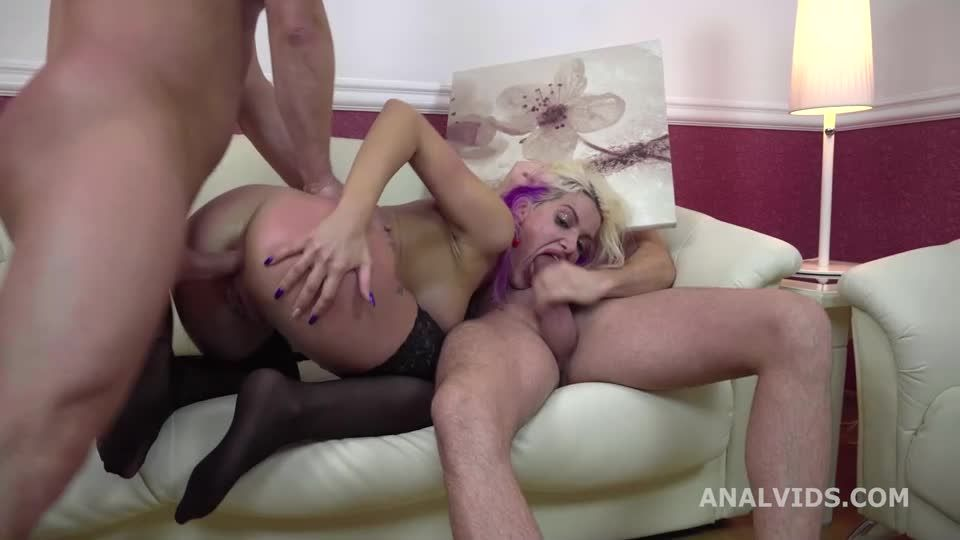 My first DP goes Wet, Balls Deep Anal, Pee, DP, Squirting and Cum in the Mouth (LegalPorno / AnalVids) Screenshot 2