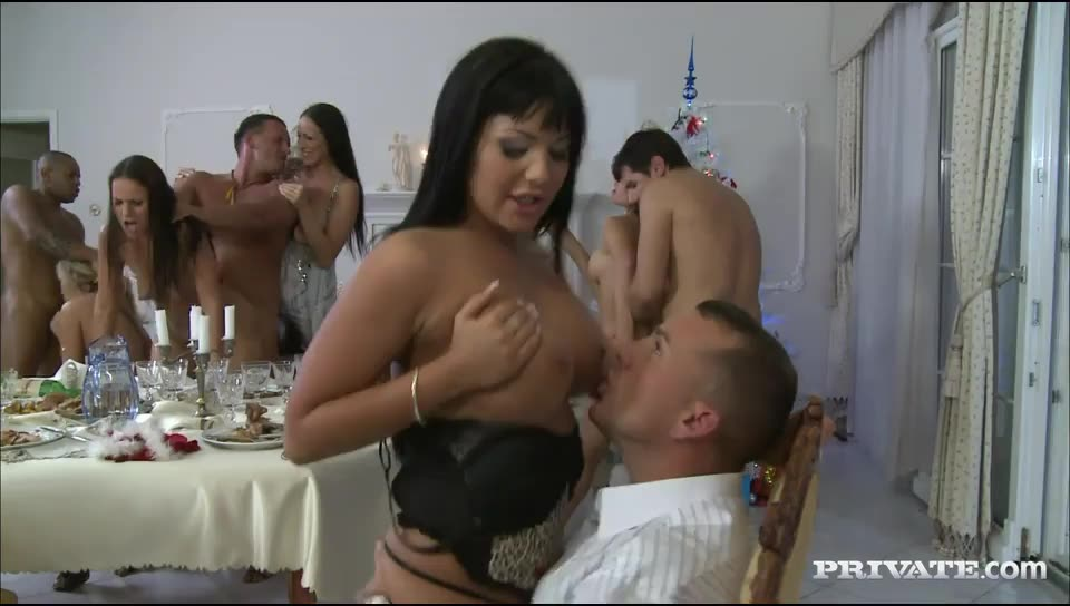 Private Gold 105: A Fucking Christmas Dinner - Aleska Diamond, Claudia Rossi, Angelica Heart (Orgy)/(Blonde)