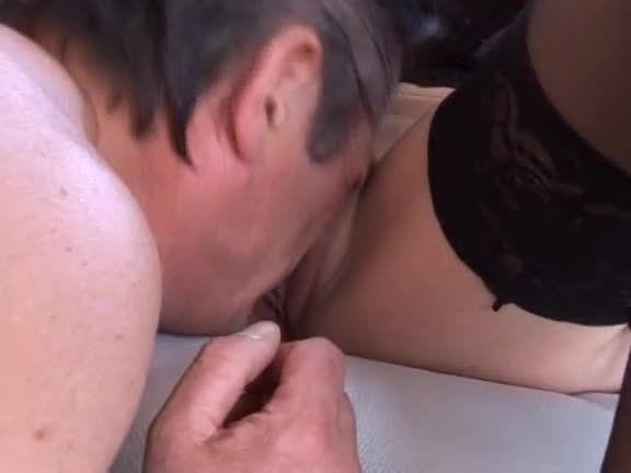 40 Ans Ma Femme Est Une Salope (Marc Dorcel) Screenshot 9