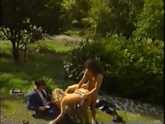 A Family Affair (VCX) Screenshot 4
