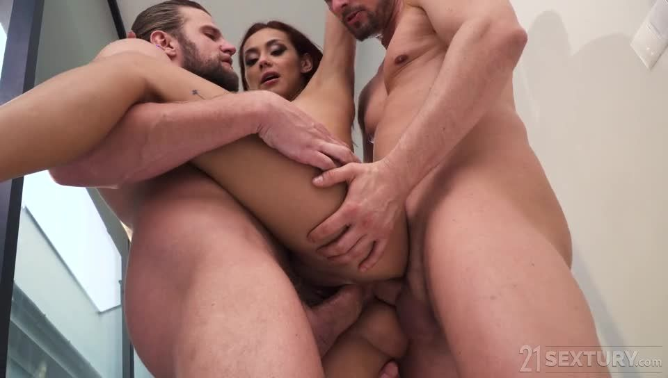 Insatiable Lust (DPFanatics / 21Sextury) Screenshot 5