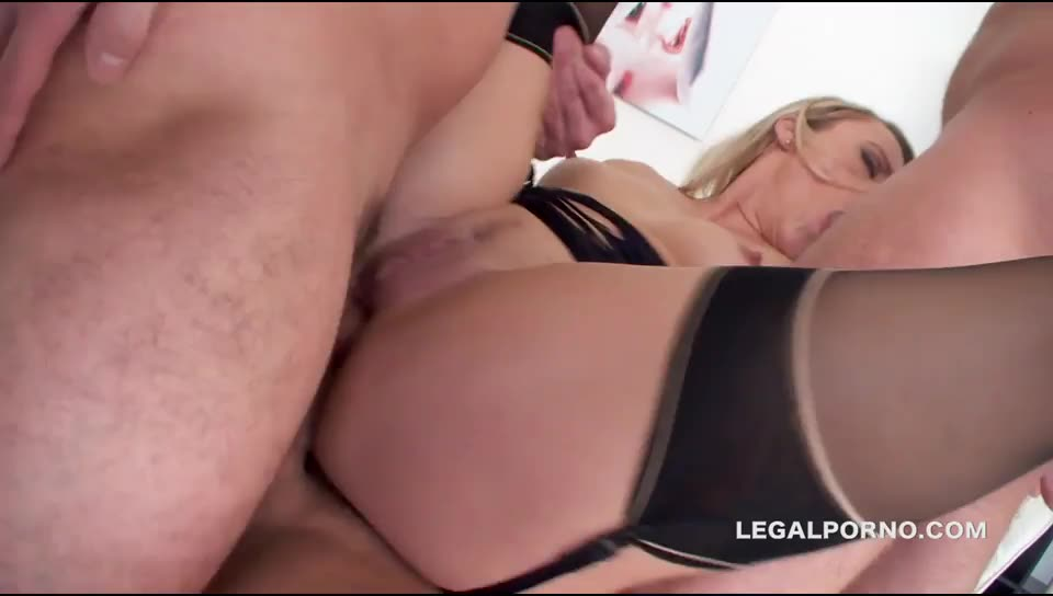[LegalPorno] Dap Queen: 6 DAP position, gapes, monster prolapse 3 swallows. She is DAP addicted, WTF - Brittany Love (DAP)/(Stockings)