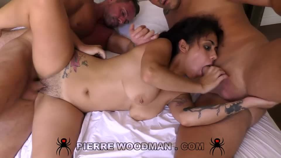 XXXX – My first DP with 4 men (WoodmanCastingX) Screenshot 4