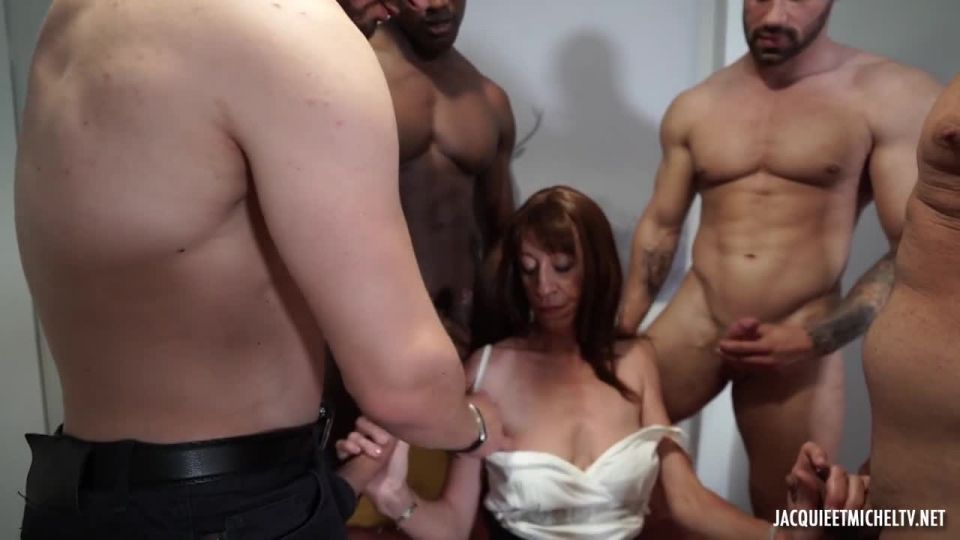 Anna Is Introduced To The Gang-Bang! (JacquieEtMichelTV / Indecentes-Voisines) Screenshot 1