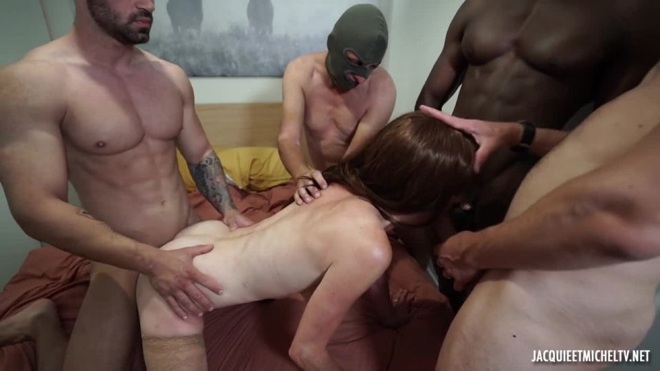 Anna Is Introduced To The Gang-Bang! (JacquieEtMichelTV / Indecentes-Voisines) Screenshot 4