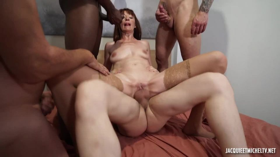Anna Is Introduced To The Gang-Bang! (JacquieEtMichelTV / Indecentes-Voisines) Screenshot 6