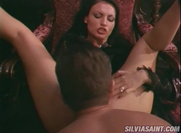 [Maximum] Silvia's Spell 2 - Laura Angel, Rumika Powers, Carmen Moore (Orgy)/(Blonde)