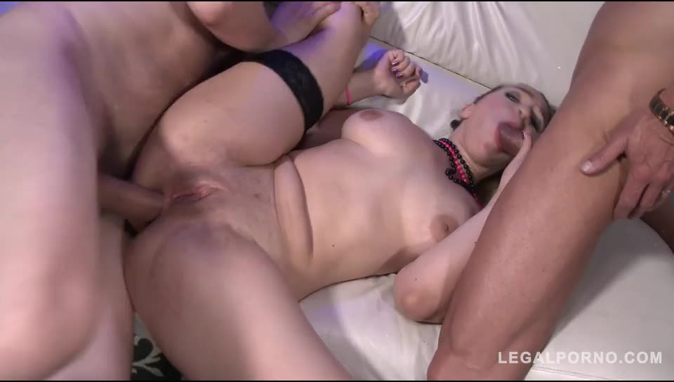 [LegalPorno] DAP with 4 studs in real Stripclub - Briana Bounce (GangBang)/(Blonde)