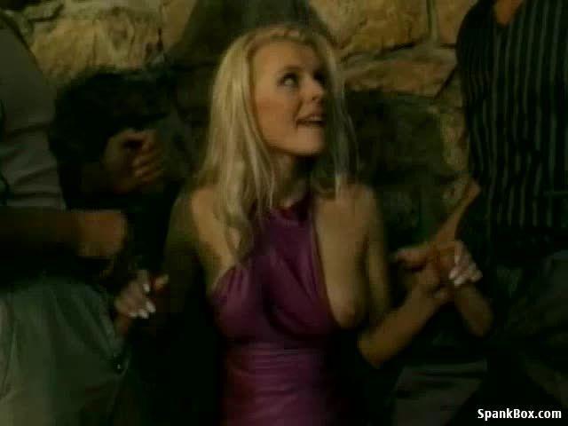 Spread Eagle (Legend Video) Screenshot 0