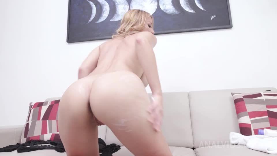 Gets her first DAP YE107 (LegalPorno / AnalVids) Screenshot 1