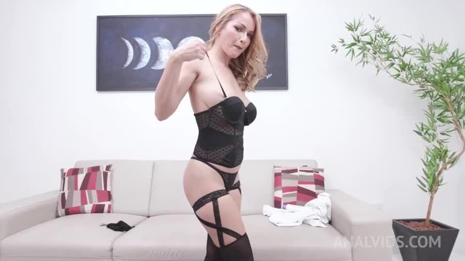 Gets her first DAP YE107 (LegalPorno / AnalVids) Screenshot 2