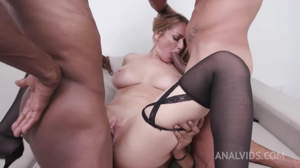 Gets her first DAP YE107 (LegalPorno / AnalVids) Screenshot 6