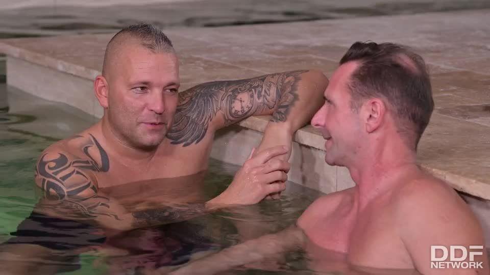 Sharing Is Caring When Stud Shares Stacked Italian Blonde With His Pals (HandsOnHardcore / DDFNetwork / PornWorld) Screenshot 0