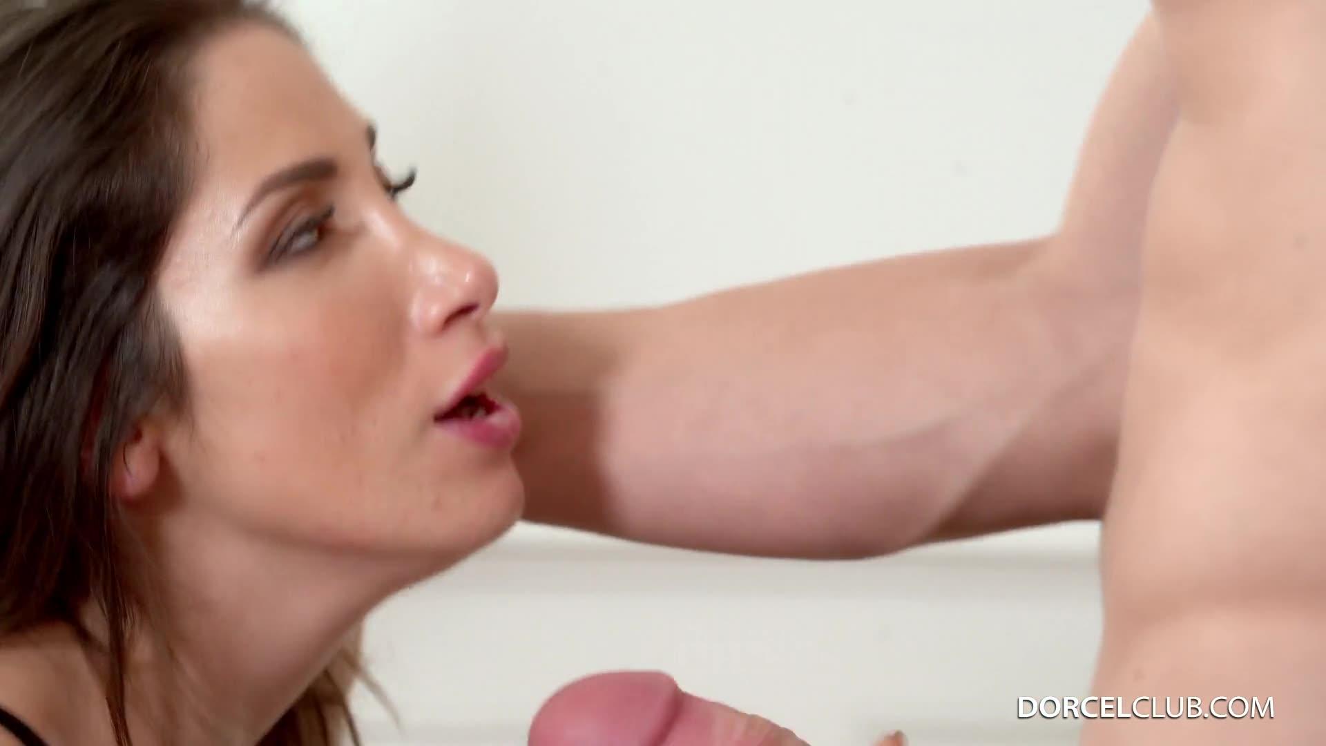 [DorcelClub / Dorcel] 3 males for Clea Gaultier - Clea Gaultier (DP)/(3M1F)