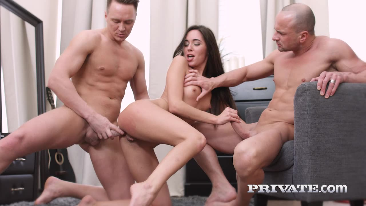 [AnalIntroductions / Private] Teen debuts with DP - Carry Cherry (DP)/(2M1F)