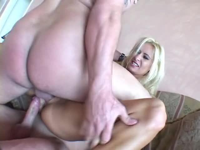 Double Stuffed 8 (Anabolic Video) Screenshot 4