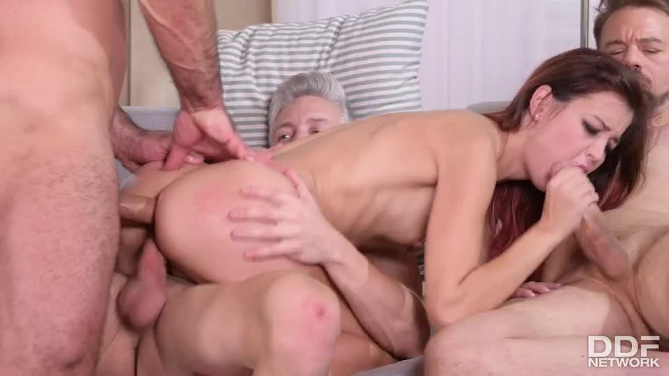 Maid Likes It Rough And Dirty (HandsOnHardcore / DDFNetwork / PornWorld) Screenshot 6