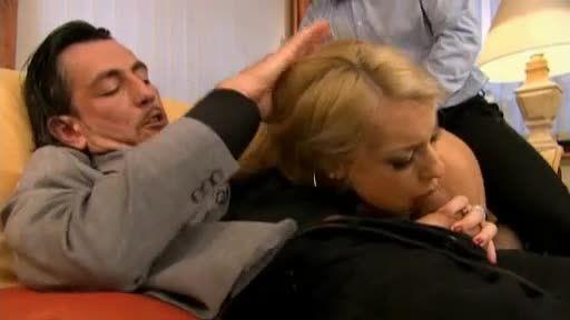 The Butterfly: Intrigo e potere (ATV) Screenshot 3