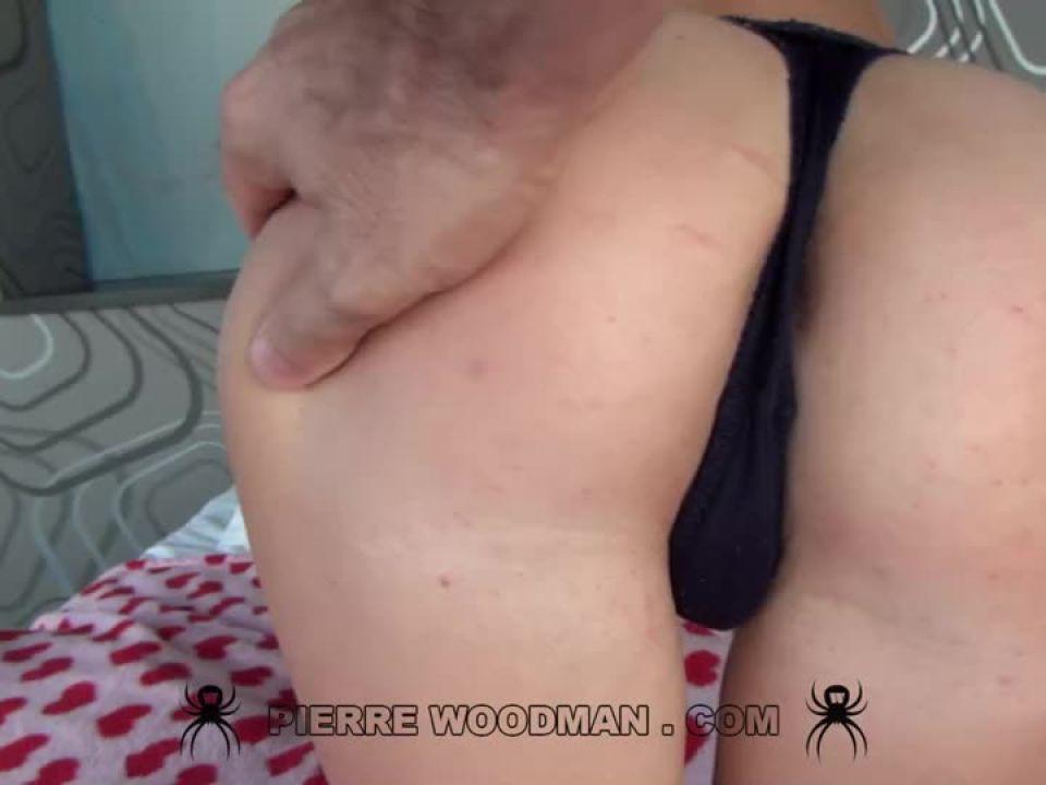 Hard – Fuck party with 3 men (WoodmanCastingX) Screenshot 4