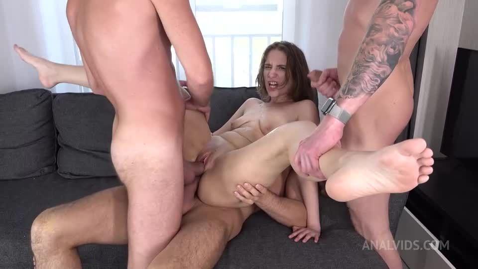 DP Three Cocks – BIG PISS DRINKING – Pissing – Dog Bowl – Gagging – Anal VK082 (LegalPorno / AnalVids) Screenshot 3