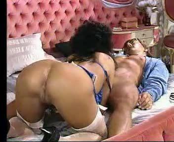 Teresa the Woman Who Loves Men 2 (VTO) Screenshot 9