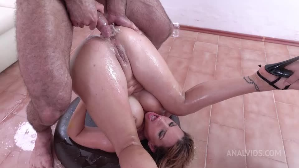 First Time Double Pussy. DAP, piss drinking DVP rough NF109 (LegalPorno / AnalVids) Screenshot 9
