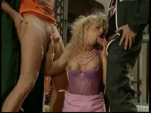 Electra 4: Funny Big Tits (DBM Video) Screenshot 9