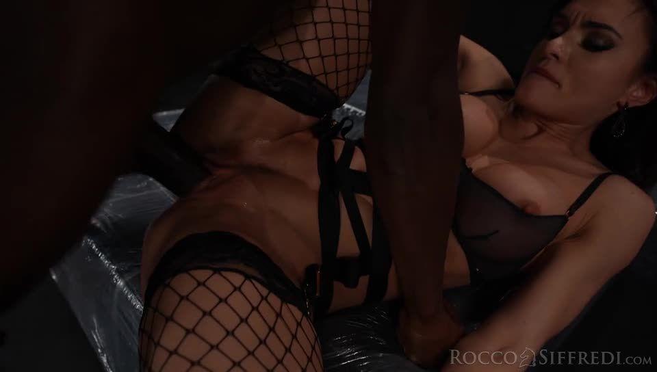 The Spanish Stallion: Sybil's Power of Seduction (Rocco Siffredi / Evil Angel) Screenshot 8
