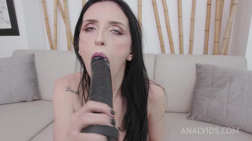 Brazilian milf gets her first DAP and DP with creampie ending YE117 (LegalPorno / AnalVids) Screenshot 1