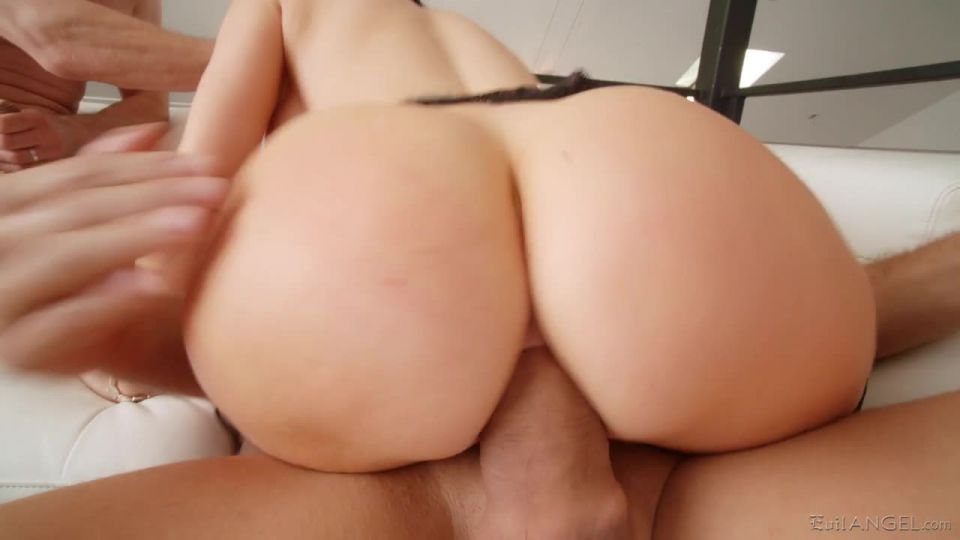 Anal MILFs Only 2 (Evil Angel) Screenshot 5
