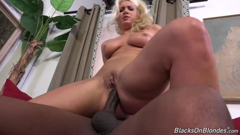 [BlacksOnBlondes / DogFartNetwork] Double Penentration - Layla Price (DP)/(Blonde)