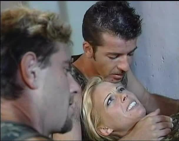 Die Unbeugsame / Assalto Anale / La Braga Metálica (Multi Media Verlag / ATV / Pandora) Screenshot 2