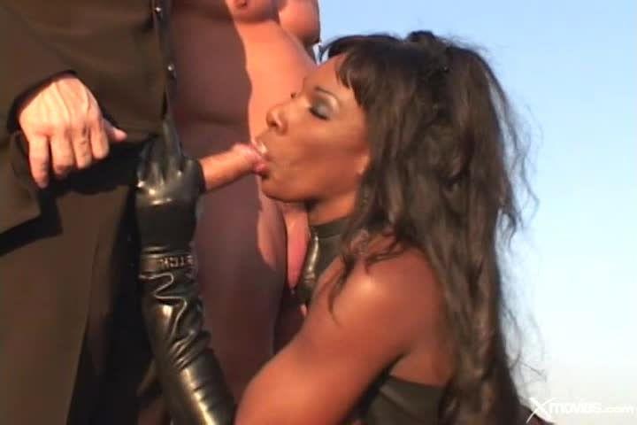 Anal Divas In Latex 3 (Heatwave) Screenshot 1