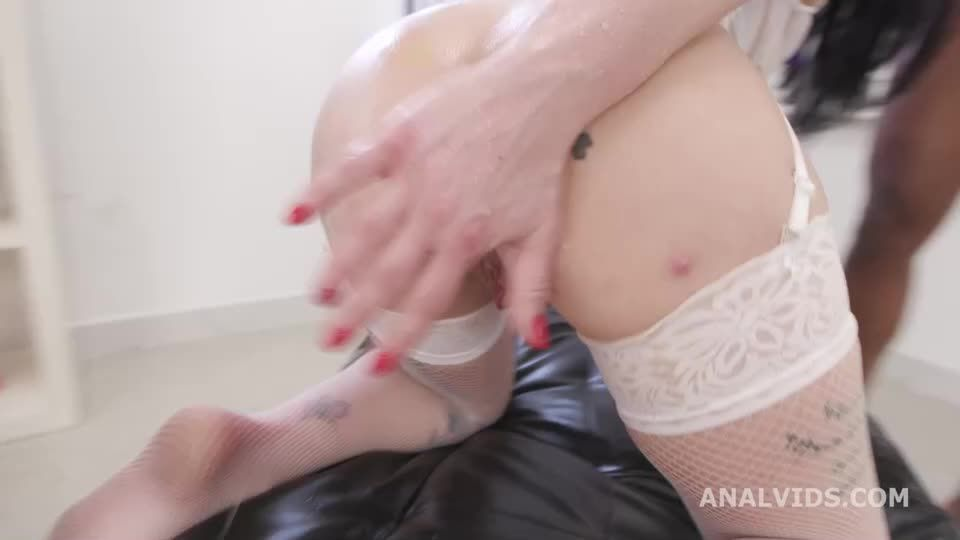 Fucked and Pissed with Anal Fisting, Balls Deep Anal, DAP, Gapes, Pee Drink and Swallow (LegalPorno / AnalVids) Screenshot 3