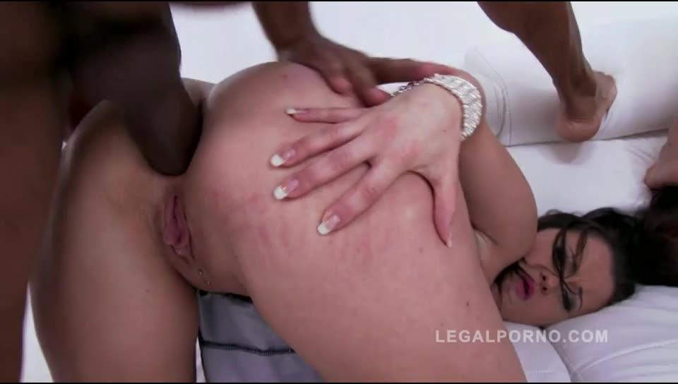[LegalPorno] Big Butt Piss Drinking Sluts - Chrissy Curves, Bella Diamond (DP)/(Pissing)