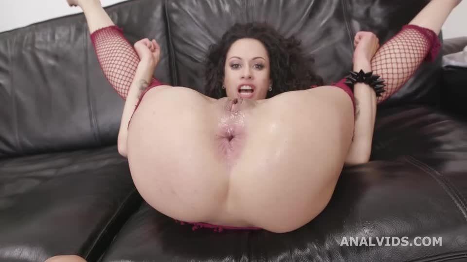 Naked Barefoot goes wet, Anal Fisting, Balls Deep Anal, DAP, TP, Monster ButtRose, Pee Drink, Squirt Drink (LegalPorno) Screenshot 5