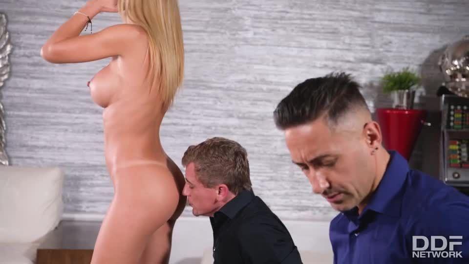Amazing Romanian Slut Cums Like She's Never Cum Before In Epic DP (HandsOnHardcore / PornWorld) Screenshot 1