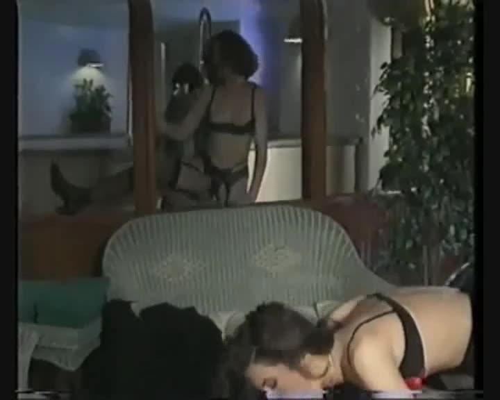 [Private Video Magazine 3] Double Penentration - Betty Gabor (DP)/(Lingerie)