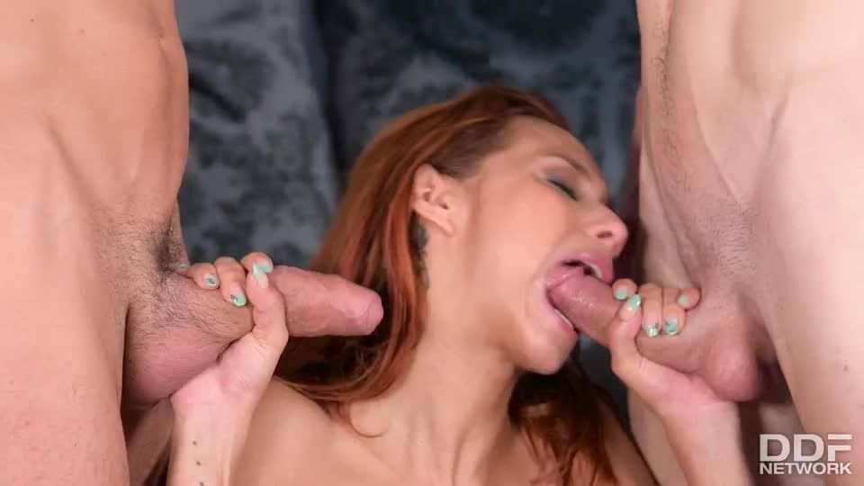Carnal Cramming (HandsOnHardcore / DDFNetwork / PornWorld) Screenshot 9