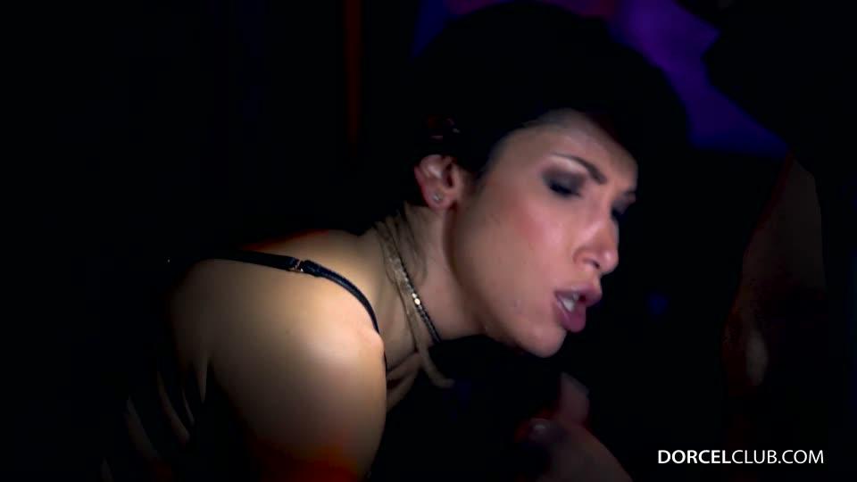First gang bang for Clea Gaultier (DorcelClub) Screenshot 9