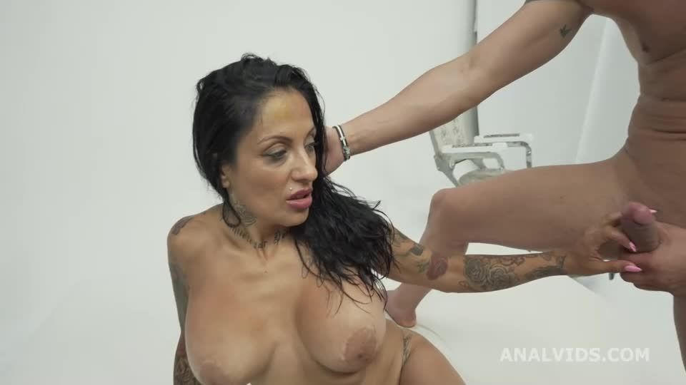Hot Wet Milf welcome to real porn with Balls Deep Anal, DAP Attempt, DP, Cum in Mouth (LegalPorno) Screenshot 4