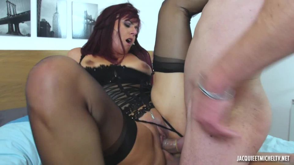 Eloise, 37 Years Old, Has So Many Fantasies To Satisfy (JacquieEtMichelTV / Indecentes-Voisines) Screenshot 7