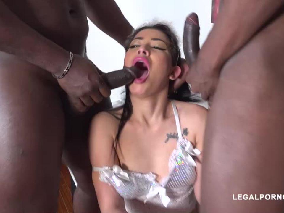 Discovers black feeling (LegalPorno) Screenshot 2